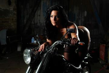 Erotisch auf dem Motorrad