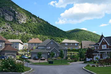 Expensive houses near the beautiful mountains