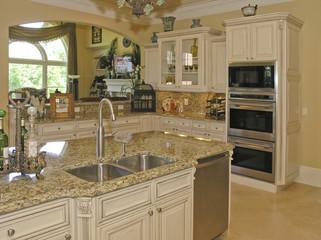 Luxury 2 - Kitchen 1