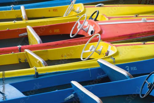 Farbige Boote
