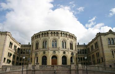 Parlamentsgebäude in Oslo (Norwegen)