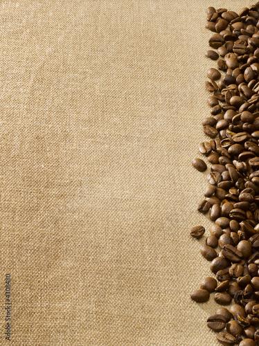 Foto op Plexiglas Boodschappen Coffee beans on burlap