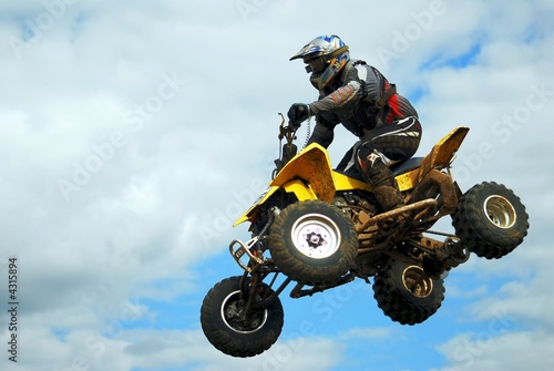 Leinwandbild Motiv quad jump