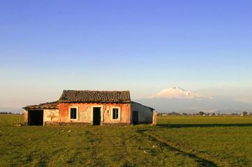 Ruine vor dem Etna