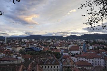 Graz - Blick vom Schloßberg auf Kunsthaus