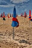 parasols de plage poster