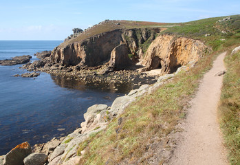 The Cornwall coast path to Lands End.