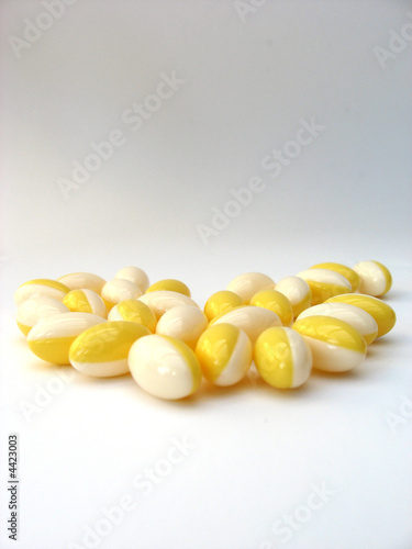 white & yellow pills