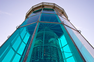 lighthouse green top