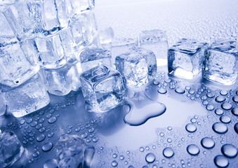 Ice cubes & Water drops