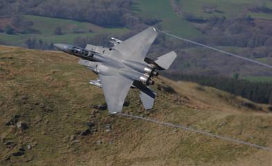 F15 E