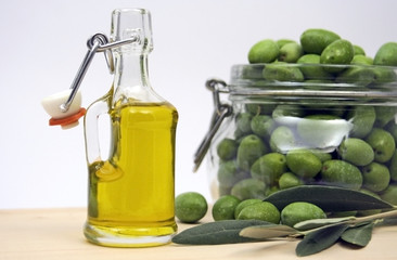 Extra virgin olive oil and organic olives