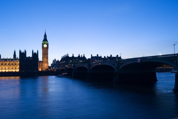 big ben stopped at dusk