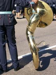 Soldado descansando o trombone