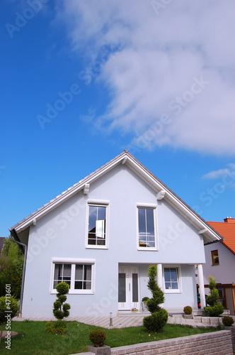 Helles großes Haus