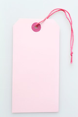 pink labeltag