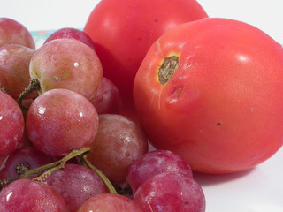 grape and tomatoes