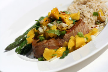 Healthy Tuna Steak with Mango Salsa