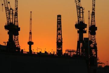 Sonnenuntergang am Hafen XIV