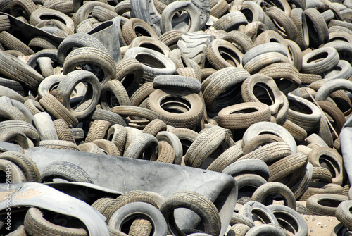 Tire Wasteland