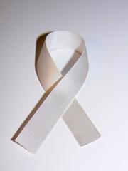Ruban blanc de lutte contre les violences faites aux femmes