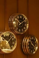 Big wall clock's