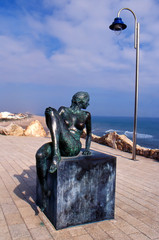Escultura en Paseo de la Farola -  Cullera - Valencia (Spain)
