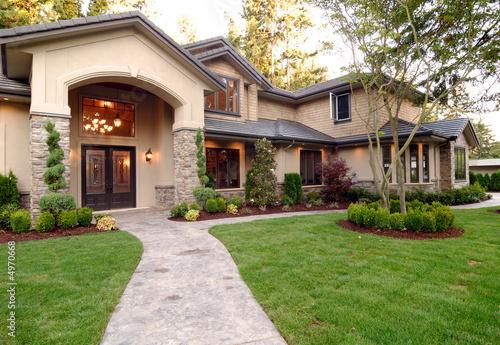 American House - 4970668