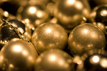 Gold glossy and matt balls