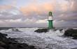 Leinwanddruck Bild - Leuchtturm bei Sturm