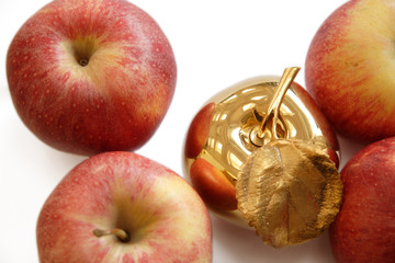 Gold apple among ordinary