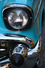 COLLECTIBLE CAR BLUE