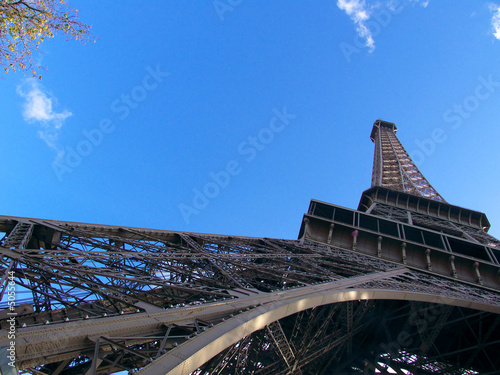 Pilier de la Tour Eiffel, contre plongée