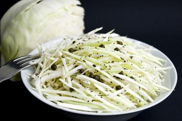 kohl-kraut -salat mit kapern