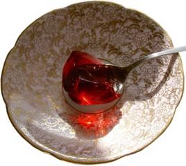 jun joyau dans l'assiette