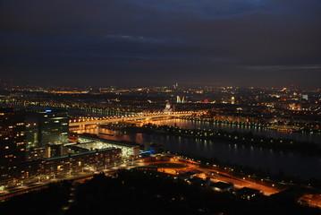 Wien bei Nacht Reichsbrücke