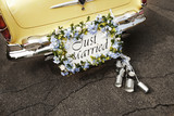 Fototapety just married sign on bumper of vintage car