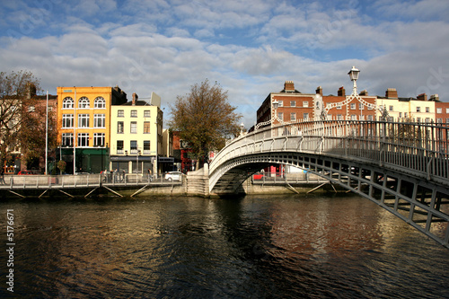 Zdjęcia na płótnie, fototapety, obrazy : Ha'penny bridge in Dublin
