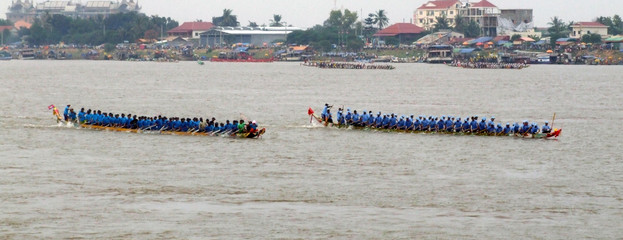 Festival de bateaux a rame, Cambodge
