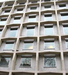 Immeuble de bureaux, béton et verre