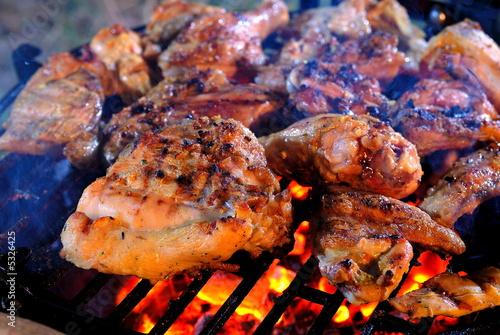 chicken on grill - 5326425