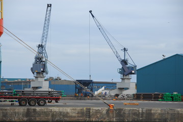 Hafenkräne, Hafenarbeiten, Kräne