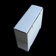 carton sur fond noir