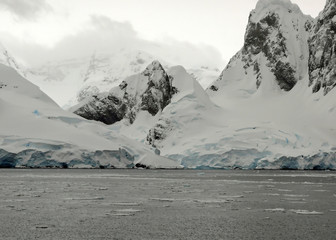 mountains and glaciers in antarctica.