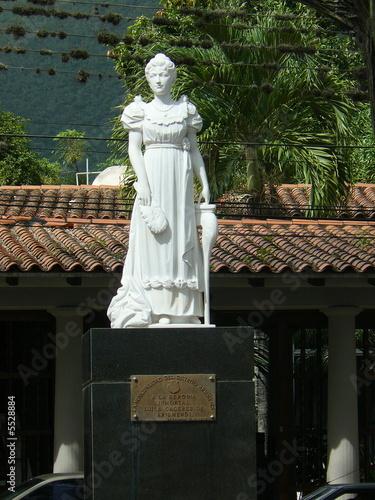 Estatua de Luisa Caceres de Arismendi. La Asuncion, Margarita