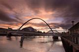 Fototapete Nacht - Toon - Brücke