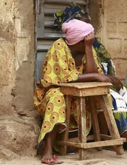 femme au tabouret