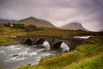Most na Sligachan wyspie Isle of Skye, Szkocja