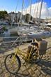Ile de Ré, Saint Martin : vélo devant le port