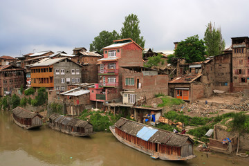 Living in Srinagar, Kashmir 2